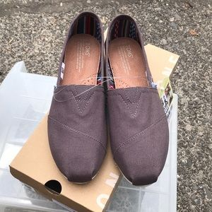 Classic Toms Sneakers